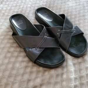 Joan & David Circa black leather sandals